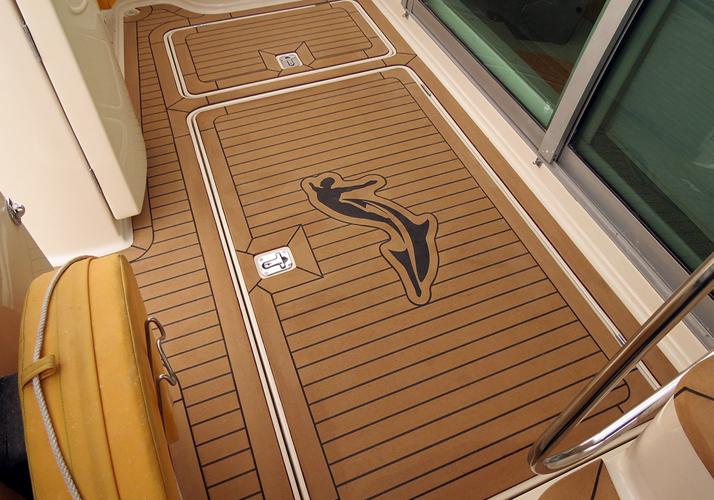 boat-floor-replacement-materials