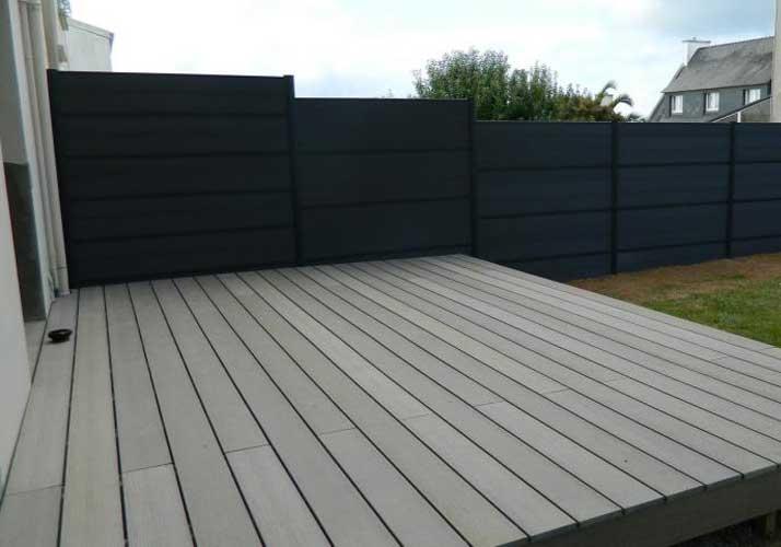friendly-green-wood-plastic-fence