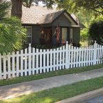 Inexpensive corrosion-resistant PVC fence