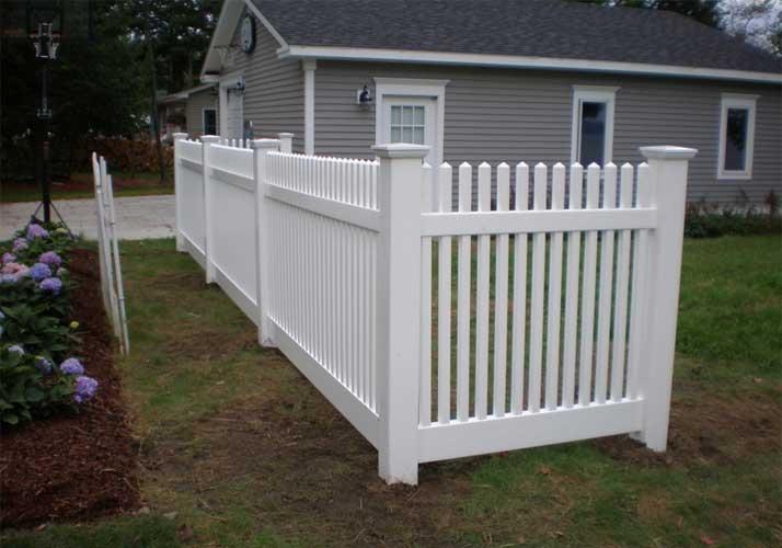 Affordable garden pvc fence