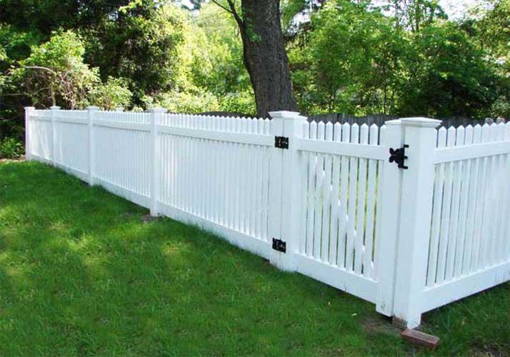 Eco-friendly garden PVC fence advantages