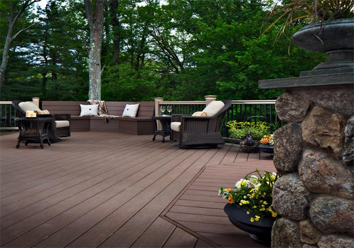 high-fireproof-wood-plastic-composite-deck