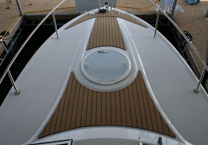 ship-deck-flooring-ideas