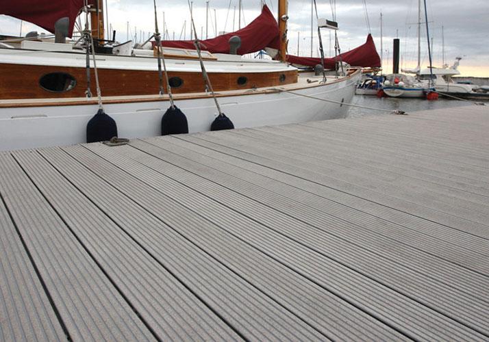 Wear-resistant WPC flooring